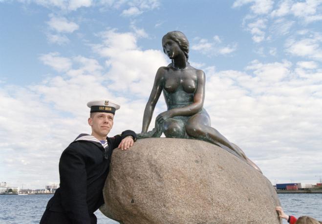 http://mail.simonanstey.com/files/gimgs/th-68_dk03-sailor.jpg
